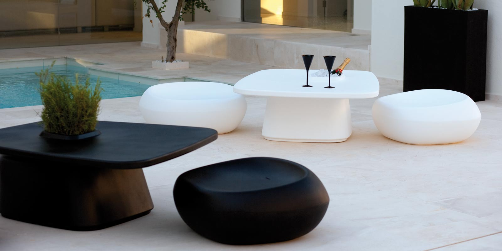 Moma Ottoman By Javier Mariscal Stools Amp Ottomans