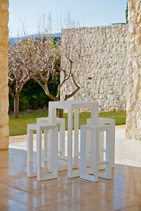 FRAME BAR STOOL by Ramon Esteve | STOOLS & OTTOMANS - Vondom Products