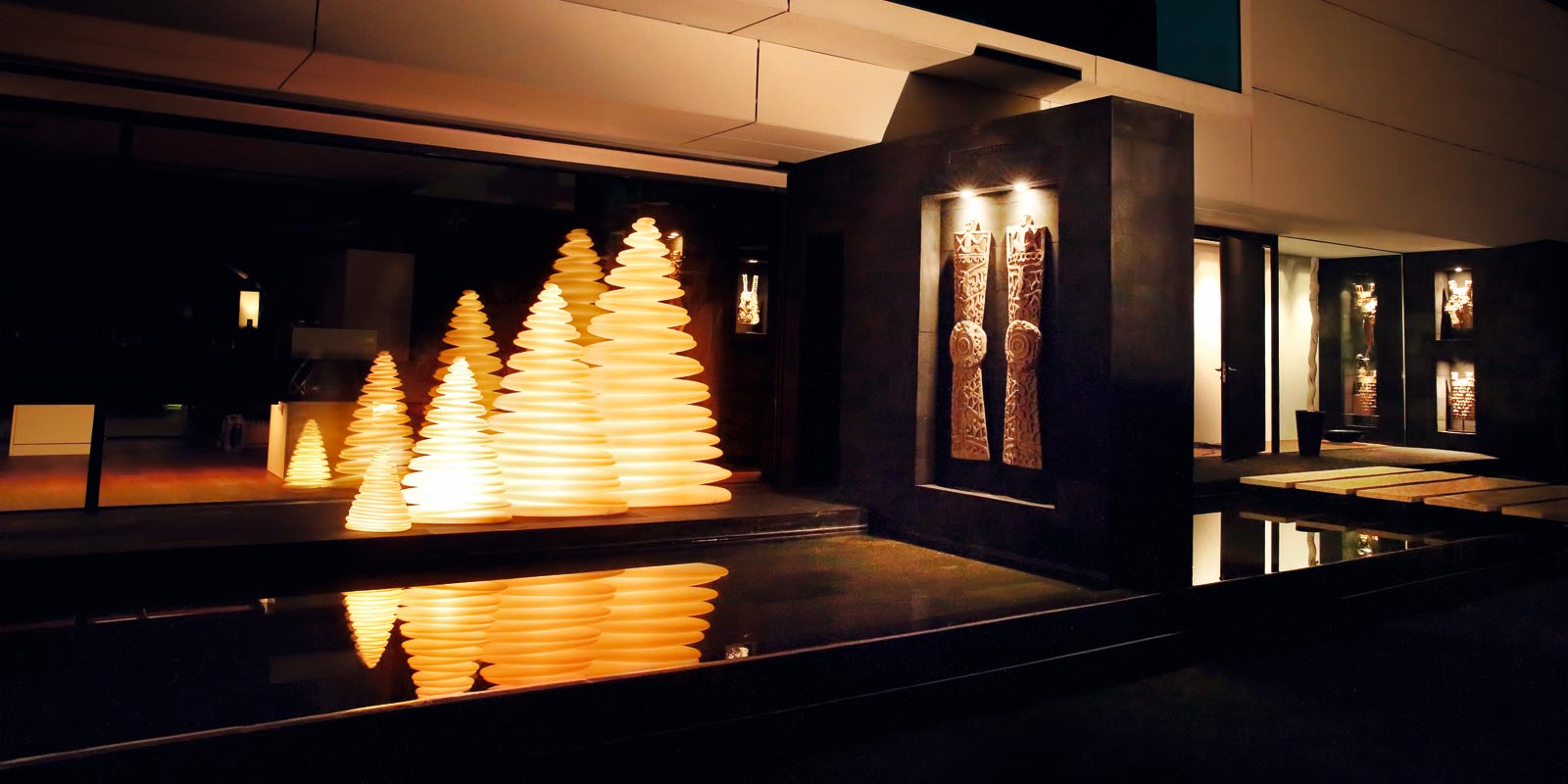 christmas tree design outdoor decor chrismy teresa sapey light vondom 2