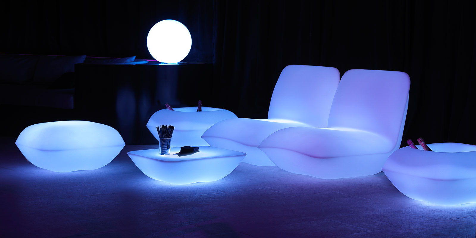 Pillow vondom - Iluminacion led jardin ...