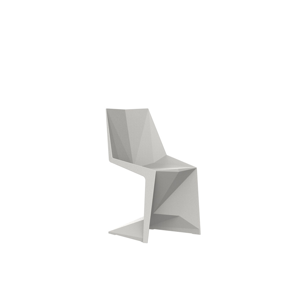 VOXEL_KIDS_CHAIR_OUTDOOR_KARIM_RASHID_VONDOM_DESIGN_DISENO_EXTERIOR_2