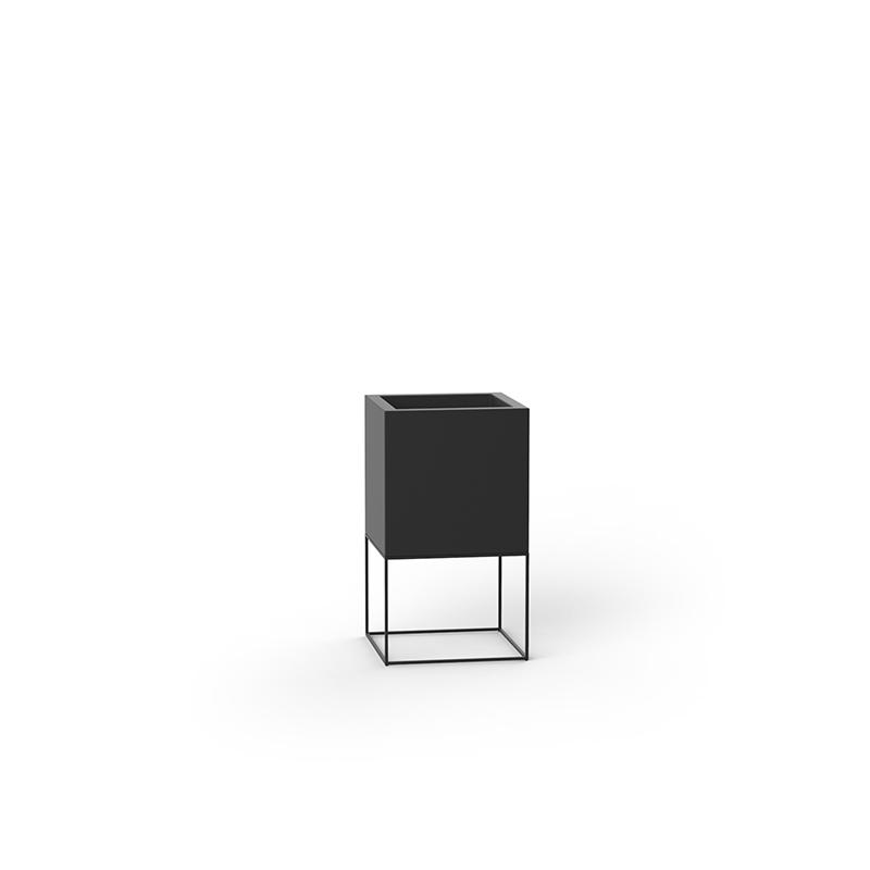 VELA CUBE PLANTER 40x40x70