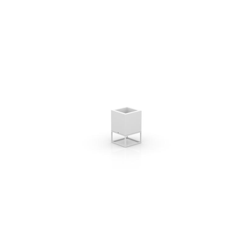 VELA NANO CUBE PLANTER 18x18x28