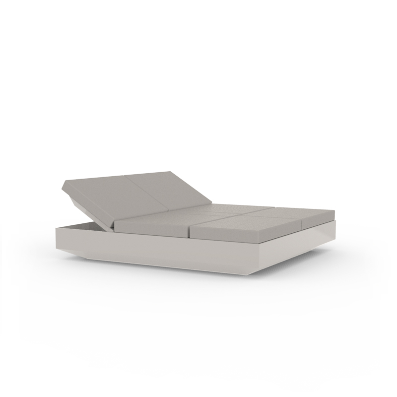 VELA DAYBED WITH 4 RECLINING BACKRESTS