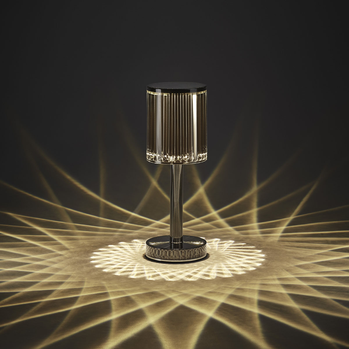 GATSBY_VONDOM_TABLE_LAMP_RAMON_ESTEVE_LUMINARIA_MESA_LAMPARA_4